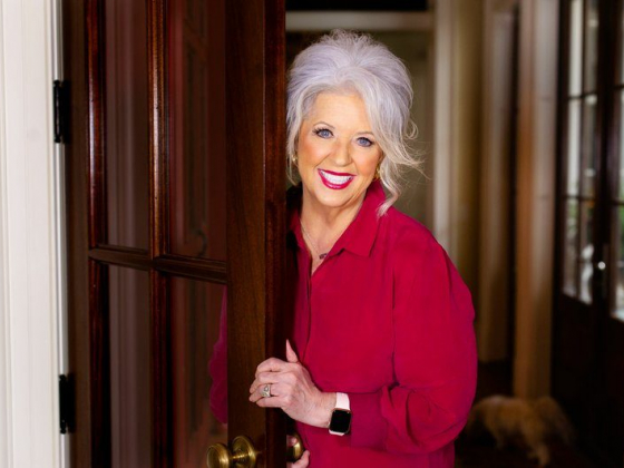 Southern Hospitality: Paula Deen opens Family Kitchen at Branson Landing