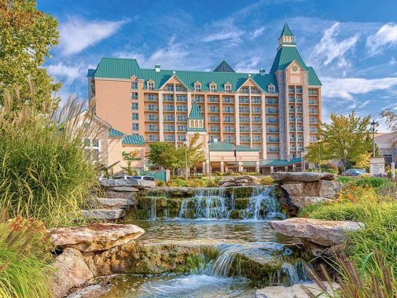 Branson Bulletin: Chateau on the Lake Resort & Spa