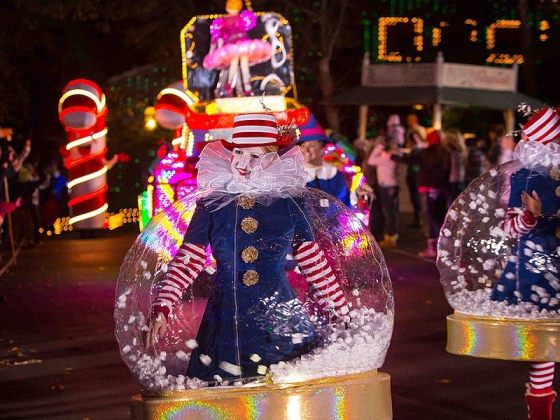 All Aboard!: Christmas is Coming to Silver Dollar City